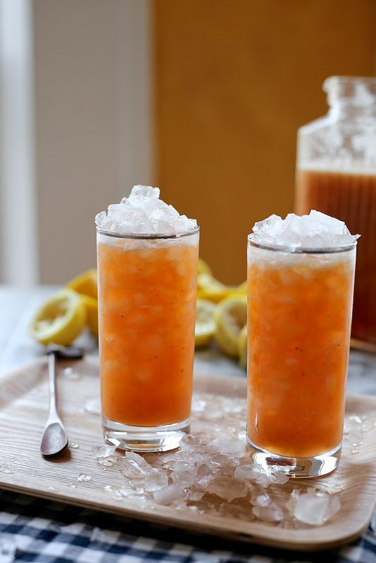 peach and cardamom lemonade